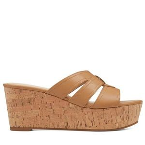 Nine West Women's Brown Vivica Platform Sandal